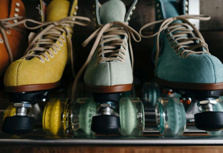 classic-colouful-footwear-2044088
